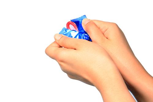 Открытие презерватива
