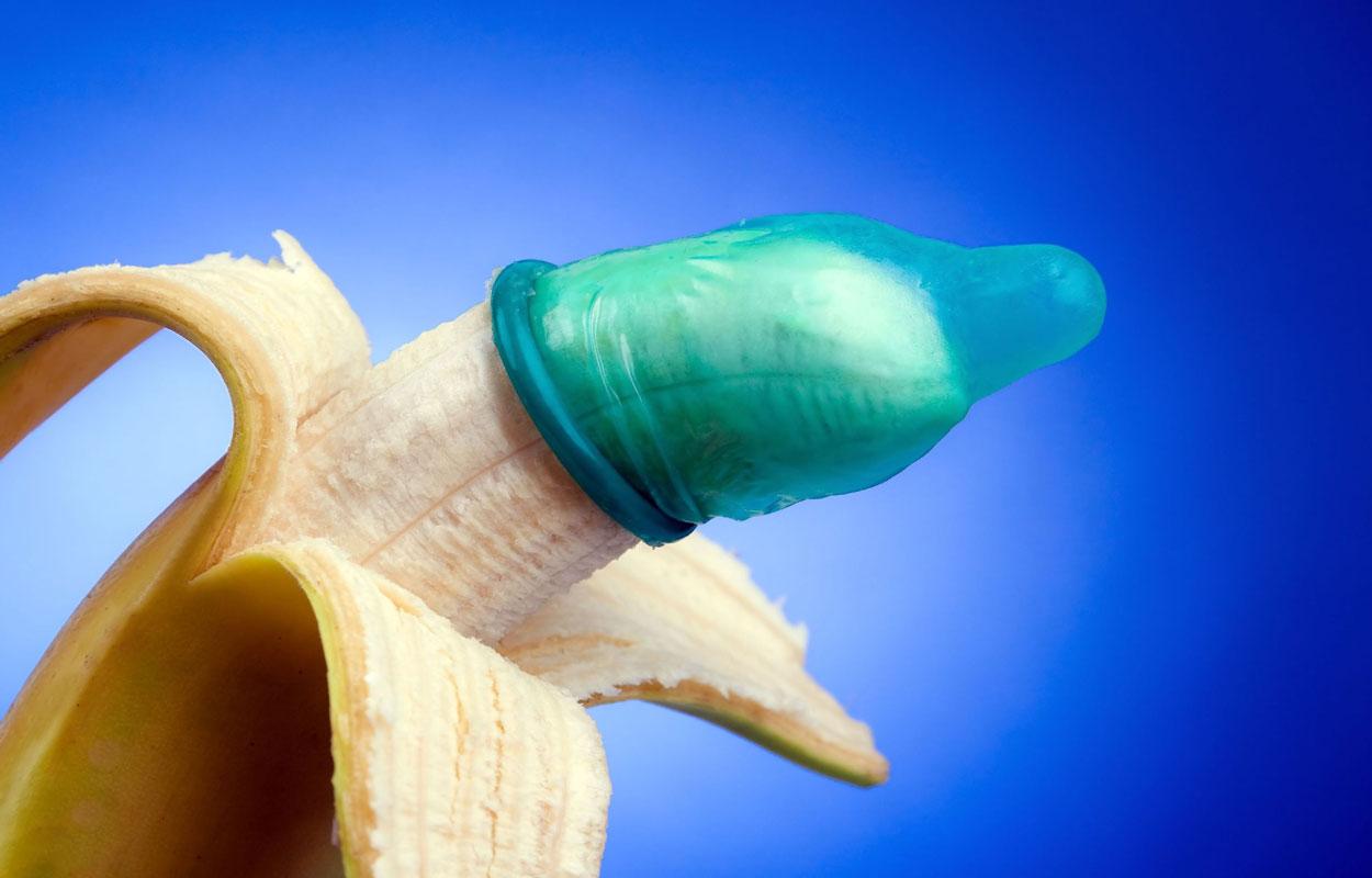 Презерватив на банане
