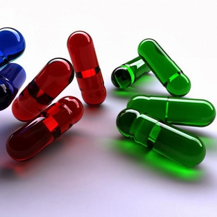 Разноцветные капсулы